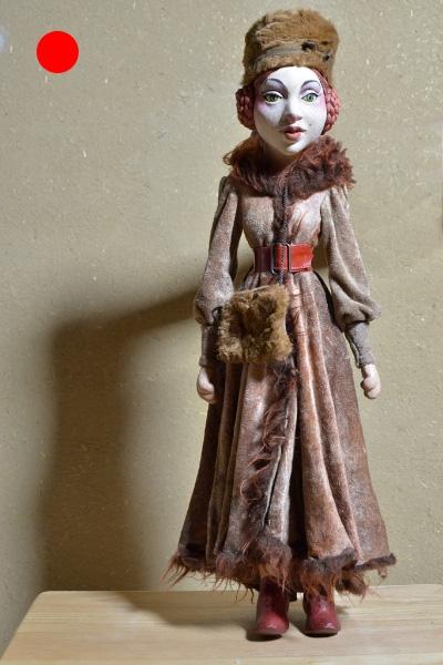 Anastasia Prokofjews Uhr nach Peter und der Wolf, 2003, Figurenbau Weinhold